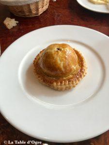 L'assiette Plat Tourte de canard colvert et foie gras