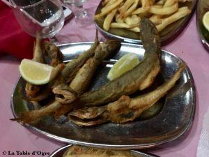 Le restaurant du port de pêche Friture de poisson